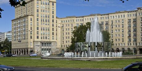 06 berlin hauptstadt der ddr for Berlin moderne architektur
