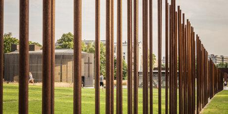 Afbeeldingsresultaat voor berlin wall Memorial