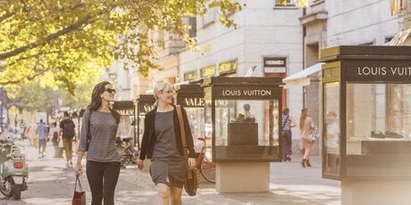 d101f8f13f9 Shopping at Kurfürstendamm
