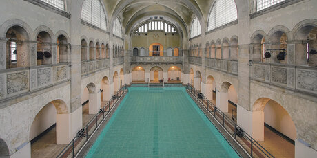 Indoor swimming pools | visitBerlin.de
