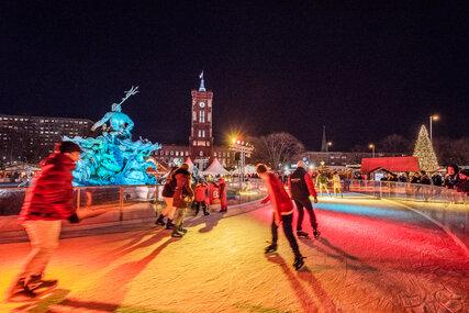 Schlittschuhlaufen Berlin Weihnachtsmarkt.Wochenendtipps 7 9 12 2018 Visitberlin De