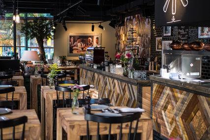 tipps f r restaurants rund um die sehensw rdigkeiten. Black Bedroom Furniture Sets. Home Design Ideas
