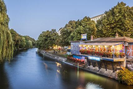 Top Restaurants On The Waterfront In Berlin Visitberlin De