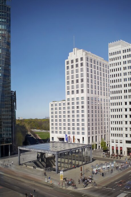 Hotels in Berlin | The Ritz-Carlton, Berlin