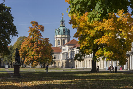 Castello Charlottenburg a Berlino in autunno