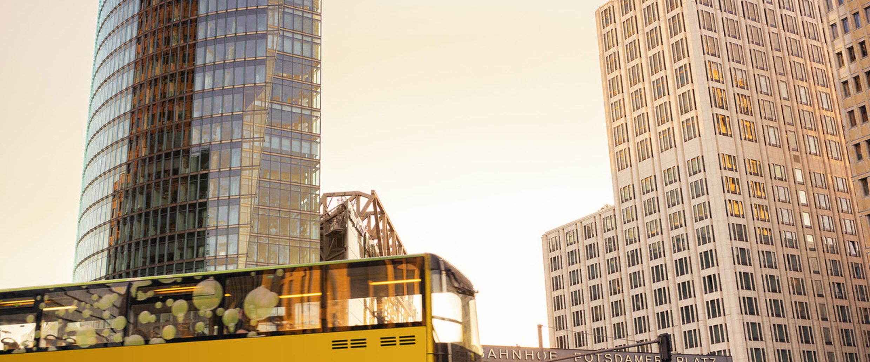 Berlin Mit S Bahn U Bahn Bus Und Tram Entdecken Visitberlinde