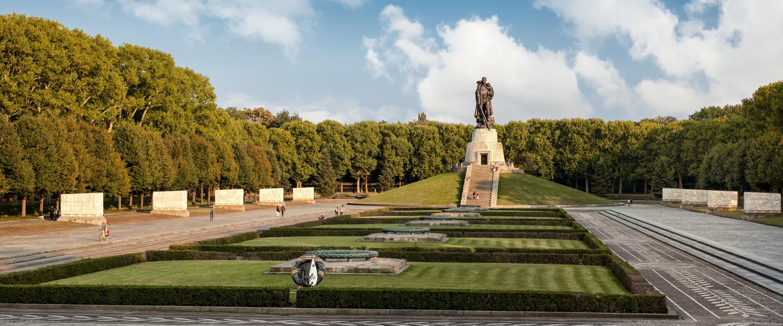 Monumento Sovietico De Treptow Visitberlin De