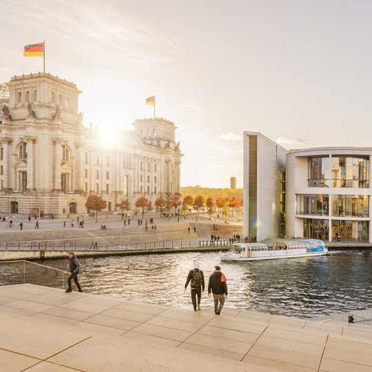 Spree with a view of the Reichstag in Berlin