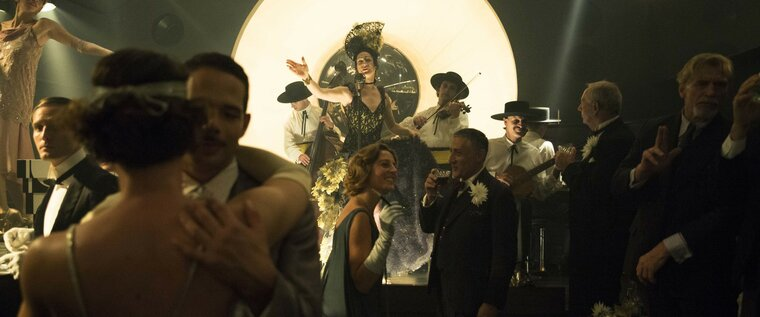 Babylon Berlin: Ilja Tretschkow (Tim Fischer) in the Dutchman