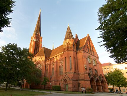 Places of worship visitberlin auenansicht lutherkirche american church in berlin sciox Gallery