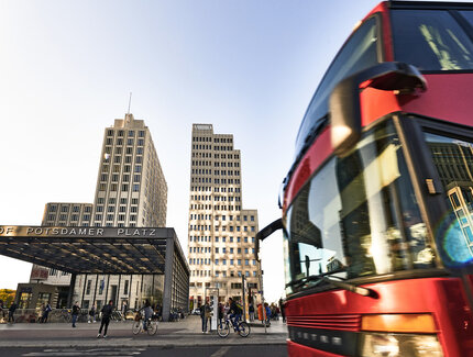 Bus am Potsdamer Platz