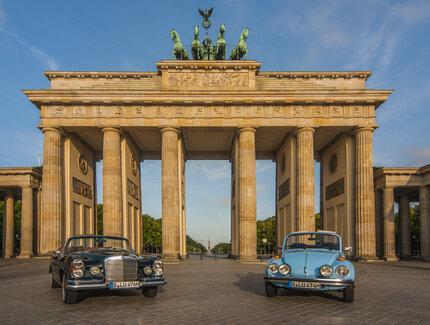 Sightseeing im Cabrio am Brandenburger Tor
