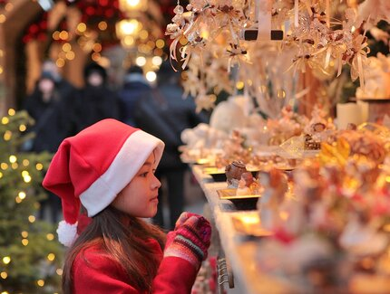 A girl at the Christmas market