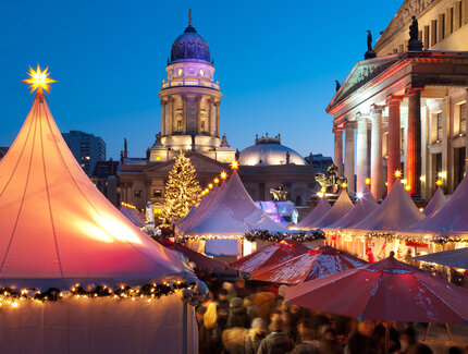 Christmas market on Gendarmenmarkt in Berlin