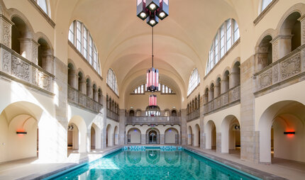 indoor swimming Oderberger Bath Berlin